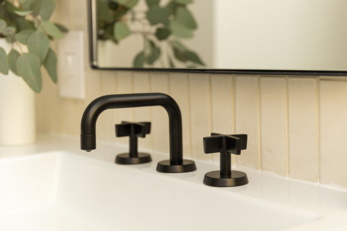 Casework Watermark Bathroom Remodel01