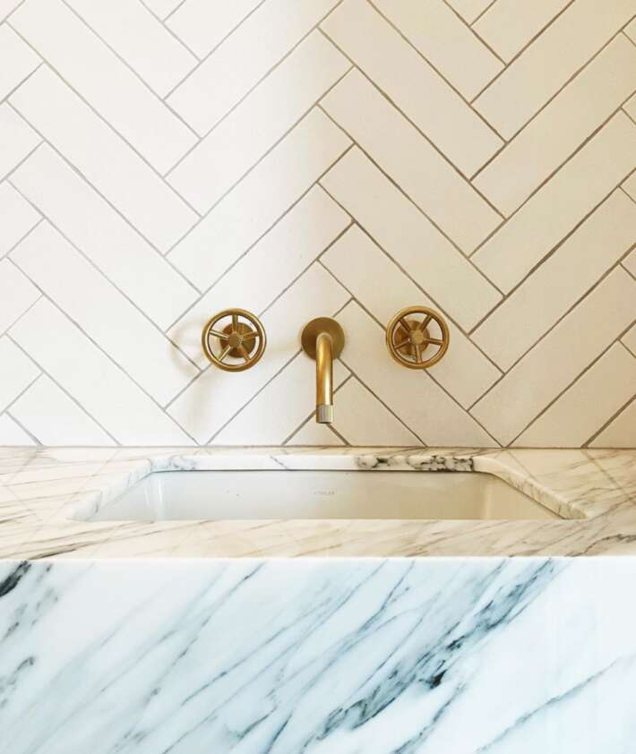 What to do if your watermark faucet gets damaged 1