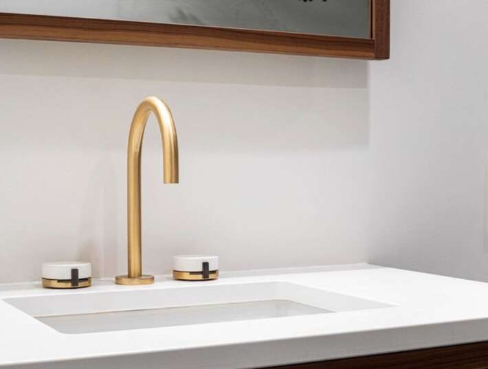 Single vs Double Handle Bathroom Faucets The Best Choice for Your Space 6