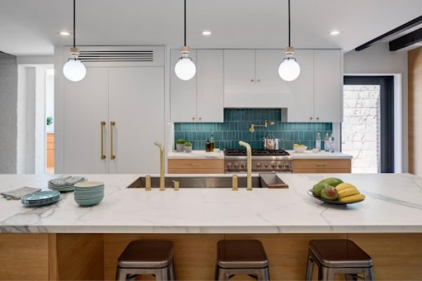 8 Incredible Kitchen Designs That Incorporate Wall Mounted Pot Fillers Image 11