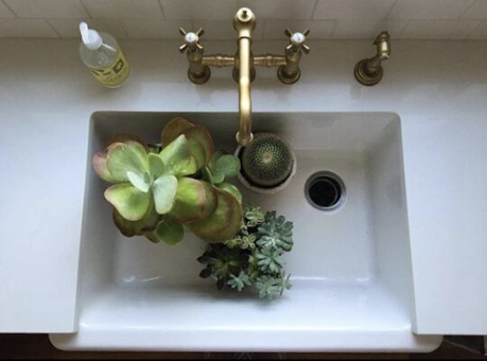 9 Faucets to Complete Your Farmhouse Look 7