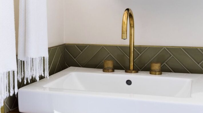 What to do if your watermark faucet gets damaged 2