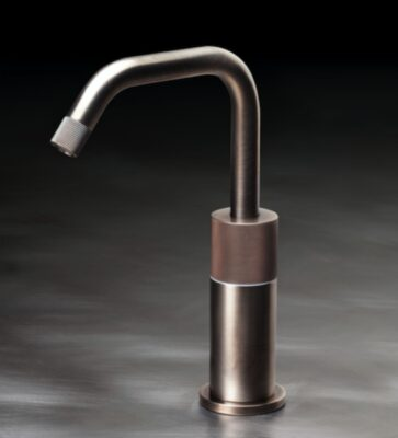 Upgrade Your Kitchen With a Touchless Kitchen Faucet 6