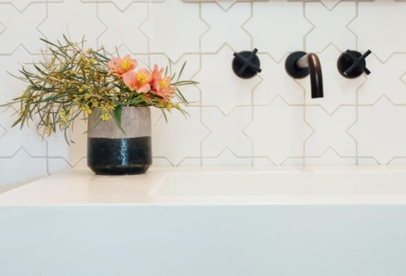 14 Beautiful Faucet Finishes to Consider For Your Space 8