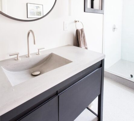 14 Beautiful Faucet Finishes to Consider For Your Space 11