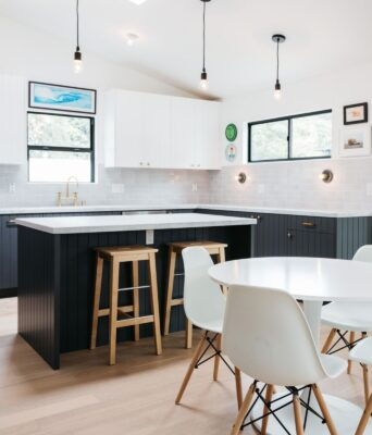Top 29 Kitchen Design Trends for 2021 26
