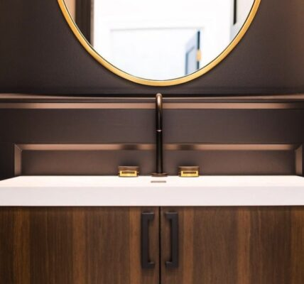 Blending Modern With Traditional 5 Mixed Finishes to Breathe New Life Into Your Style 6
