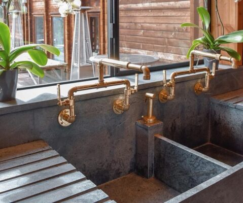 15 Wall Mount Faucet Designs for Your Home 1