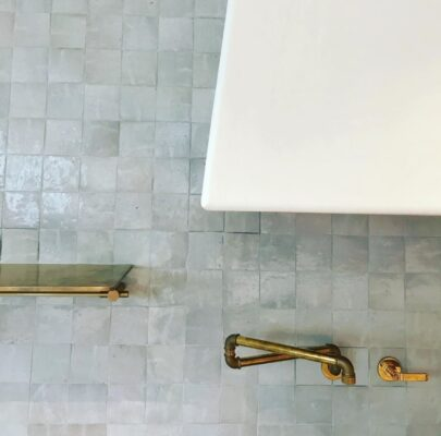 15 Wall Mount Faucet Designs for Your Home 15