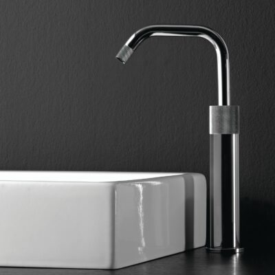 Our 7 Favorite Examples of Faucet Knurling 10