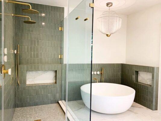 4 Reasons You Definitely Want a Walk In Shower 7