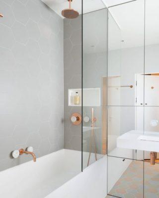 IG Bath 19