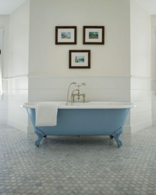 How to Choose the Right Faucet Design for Your Freestanding Clawfoot Tub 2