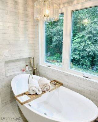 How to Choose the Right Faucet Design for Your Freestanding Clawfoot Tub 3