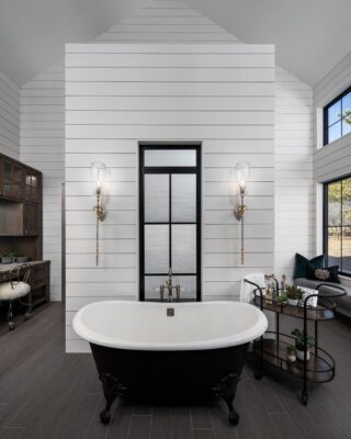 How to Choose the Right Faucet Design for Your Freestanding Clawfoot Tub 8