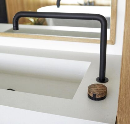 Single vs Double Handle Bathroom Faucets The Best Choice for Your Space 4